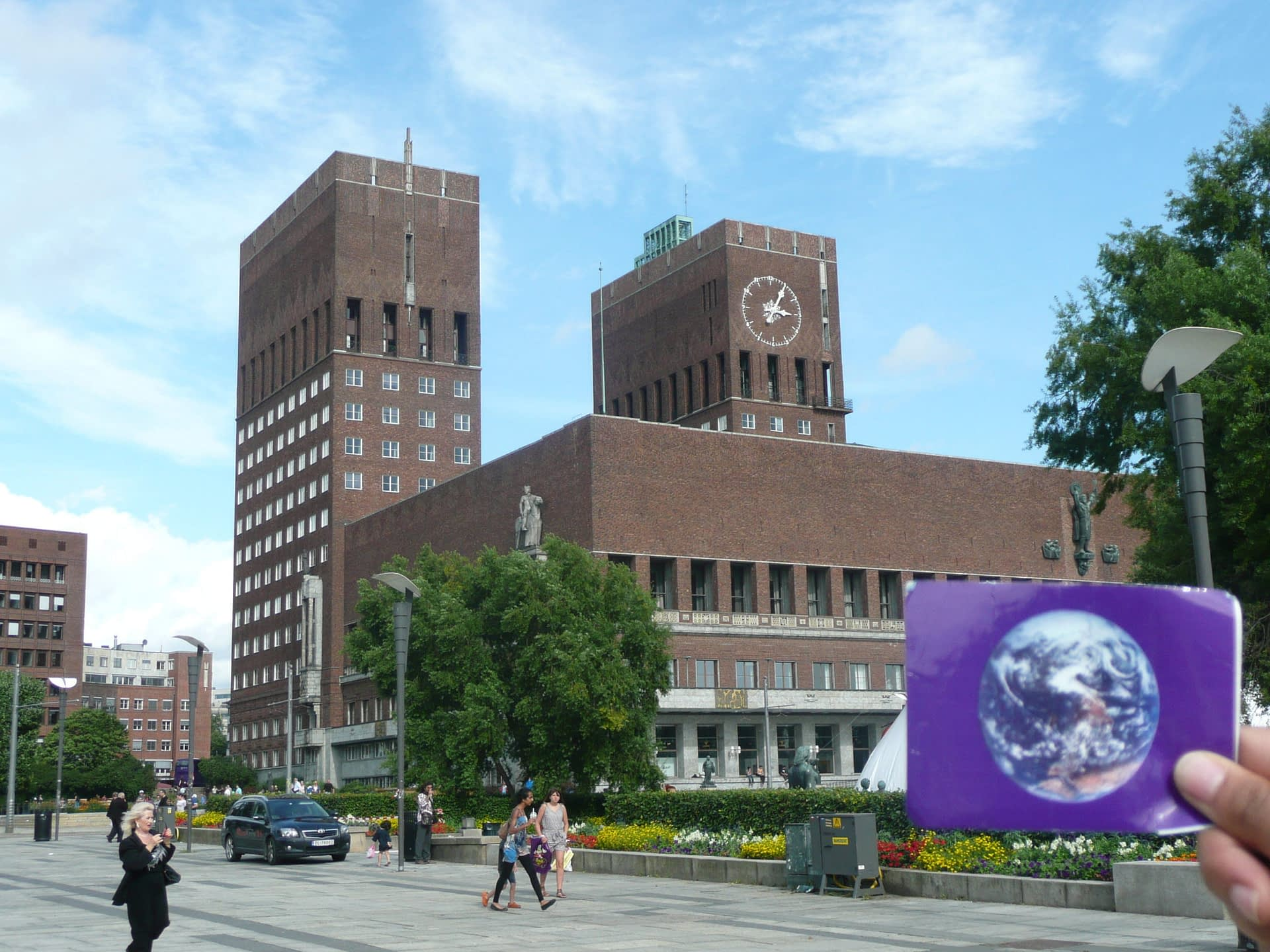 Oslo City Hall was #EarthFlagged!